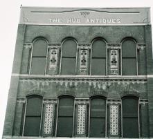 Hub Antiques