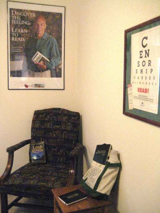 Kit/Kat Owner's Corner (part-time) by Tommia Wright
