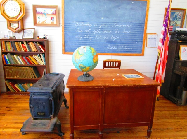 1 room schoolhouse