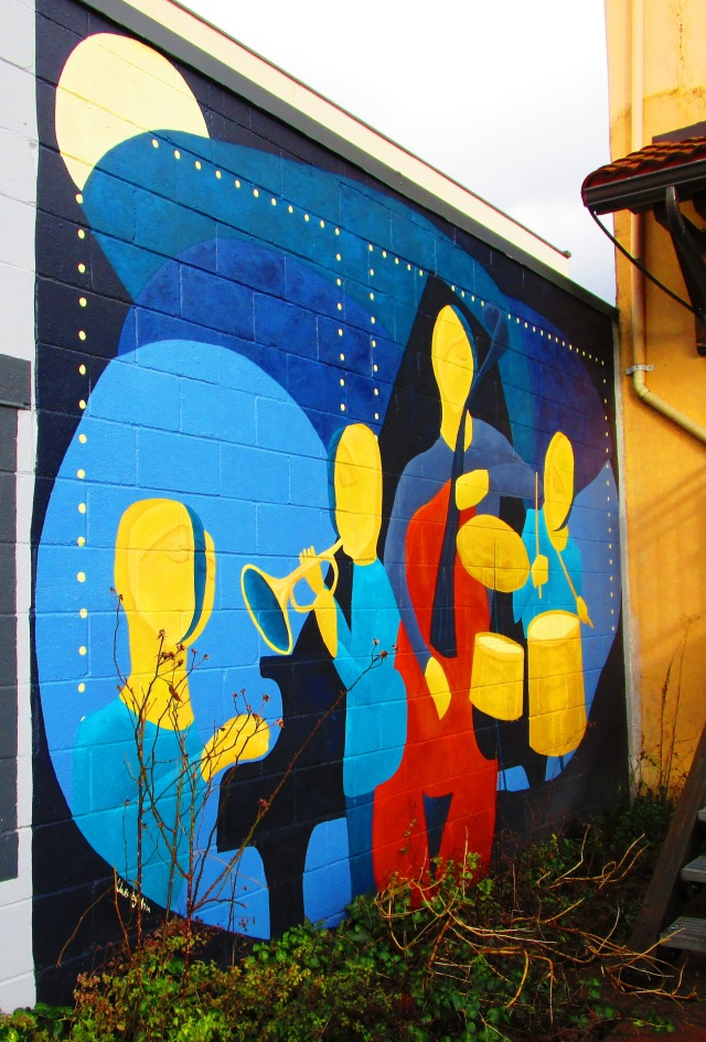 Mural by Boxley's.JPG